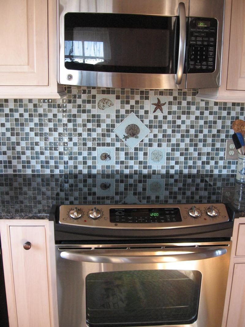 Cape Cod,Glass backsplash,hermitcrab,oyster,starfish,sandollar,reverse glasstile